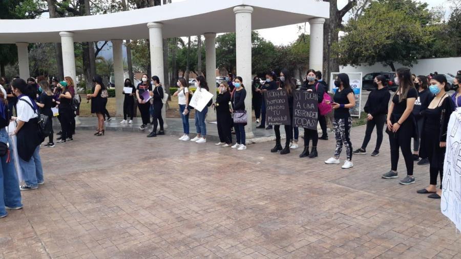 """DIF Reynosa llevó el programa """"DIF Reynosa en Tu Casa"""" a la Colonia Fuentes del Valle"""