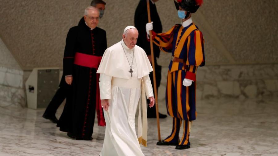 El Vaticano confirma un caso de Covid-19 en la residencia del papa Francisco