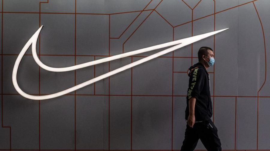 Nike planea limpiar tenis usados y revenderlos